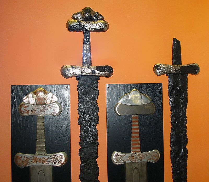 Viking sword with Jelling patterns
