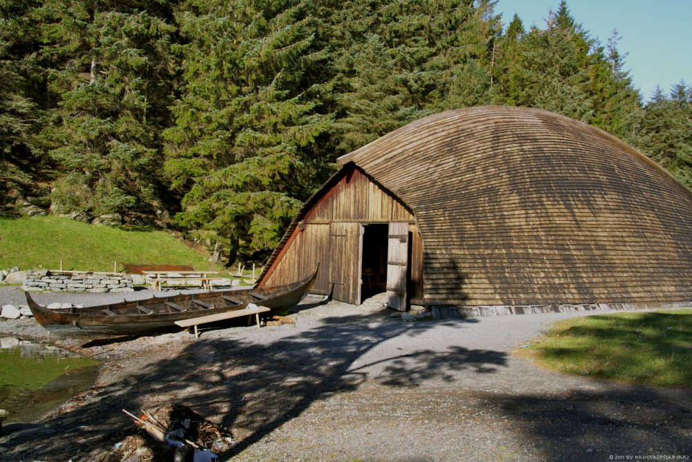 Another reconstruction of Viking boathouse
